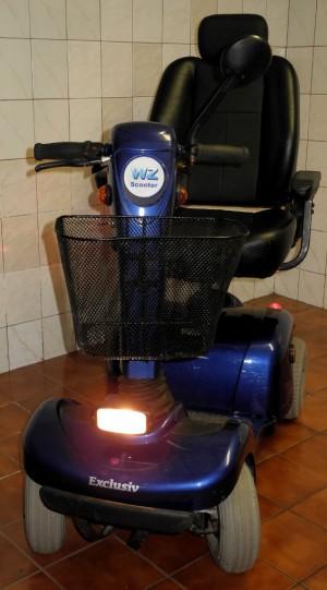 WZ Scooter 2.JPG